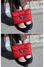 Red-calvin-klein-bag-black-7eye-sunglasses-black-all-black-flats