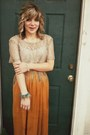 Beige-thrifted-top-brown-charlotte-russe-pumps-mustard-forever-21-skirt