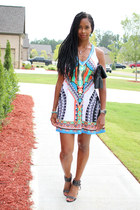 tribal print Belleza Blu dress - tory burch bag - Nine West sandals