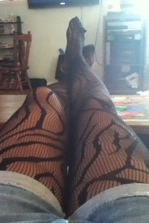 dark gray unknown tights
