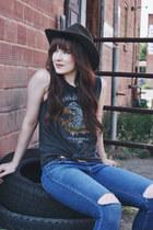 heather gray tank top Ralph Lauren t-shirt - blue skinny jeans Just Black jeans