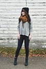 Black-skinny-jeans-just-black-jeans-heather-gray-knit-lush-sweater