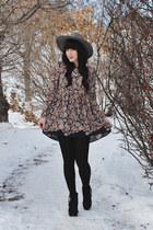 babydoll Sheinside dress - wide brim goorin bros hat