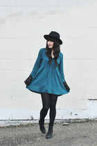 black wide brim brixton hat - turquoise blue skater Forever 21 dress