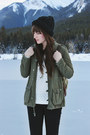 Camel-winter-sorel-boots-black-skinny-jeans-just-usa-jeans