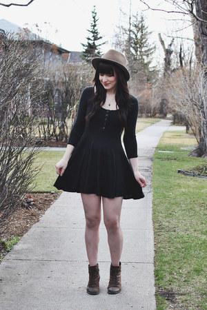 brown lace up boots Hibou boots - black skater BDG dress