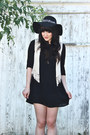 Leather-aldo-shoes-rayon-american-apparel-dress-forever-21-hat