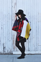 red everyday Romwecom cape - floppy hat free people hat