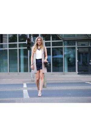 H&M Trend vest - Zara shirt - PROENZA SCHOULER bag - Zara shorts - Zara sandals