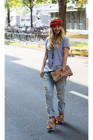 Zara jeans - Zara shirt - vintage bag - Zara heels