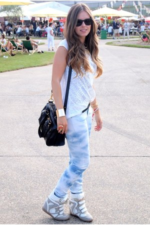 tie dye Zara jeans - leather Marc by Marc Jacobs bag - ring YSL accessories