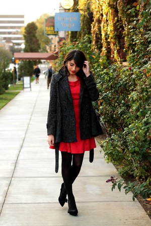red modcloth dress - charcoal gray modcloth coat - black Shoedazzle pumps