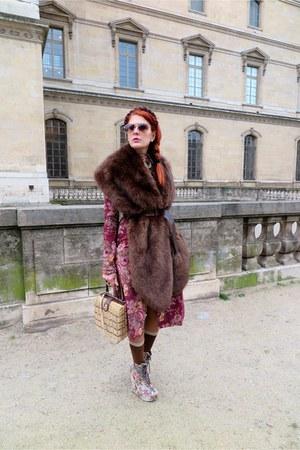 beige asos boots - maroon H&M coat - camel vintage bag