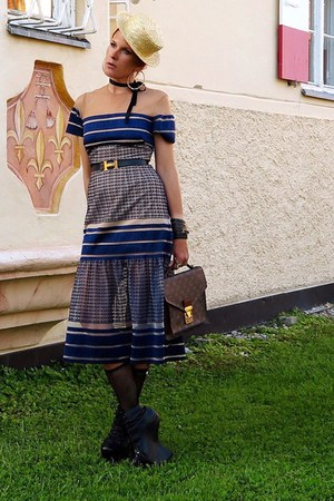 navy dress - dark brown Louis Vuitton bag - dark gray belt