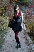 black skater Forever 21 skirt - black troopa Steve Madden boots