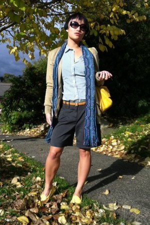Missoni scarf - Juicy Couture shirt - Fendi bag - Tods loafers