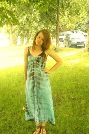 sky blue tvoe dress