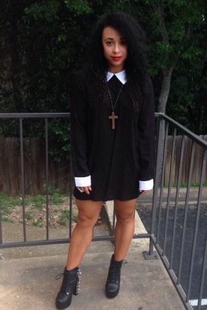 black silk Nasty Gal dress
