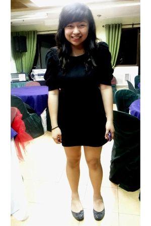 black dress - gray