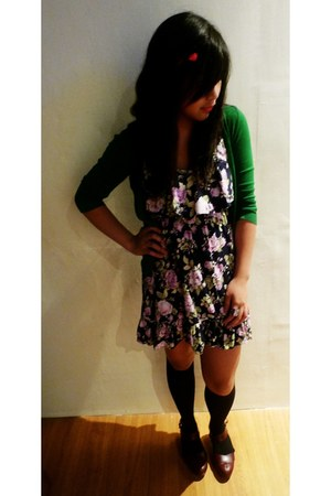 green Forever 21 cardigan - puce dress - black socks - crimson Zara shoes - bron