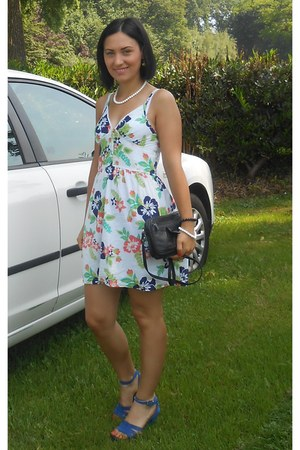 dress - sandals - accessories