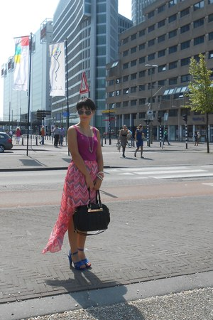 black bag - bubble gum bracelet - hot pink skirt - blue sandals