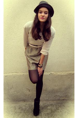 eggshell H&M blouse