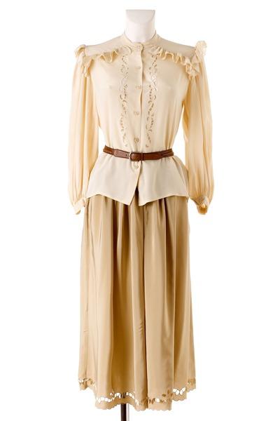 beige Oscar de la Renta blouse - beige Oscar de la Renta skirt