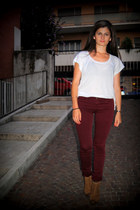 brick red Stradivarius pants - burnt orange vagabond boots - white Zara top