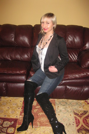 black velvet AmiClubWear boots - blue Forever 21 jeans - DKNY blazer