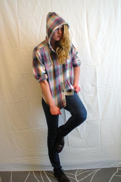 off white vintage hoodie - blue hollister jeans - maroon vintage flats