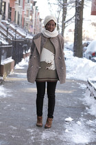 Gap scarf - Boutique Nine clogs - H&M pants