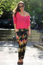 black tropical pyjama Element pants - hot pink cashmere Subtle Luxury sweater