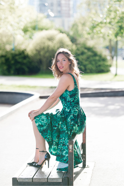 green printed Zara dress - black ankle strap Sole Society heels