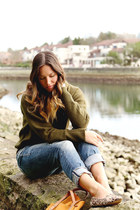 olive green oversized Joe Fresh sweater - sky blue distressed Silver Jeans jeans