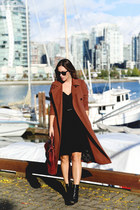 black camisole Aritzia top - brick red trench coat Obakki coat