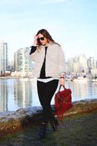 black skinny jeans Hudson jeans - silver fuzzy Obakki jacket