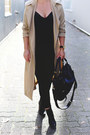 Beige-trench-coat-aritzia-coat-black-skinny-jeans-james-jeans-jeans