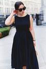 Black-feminine-ted-baker-dress