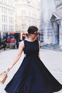 Black-feminine-ted-baker-dress