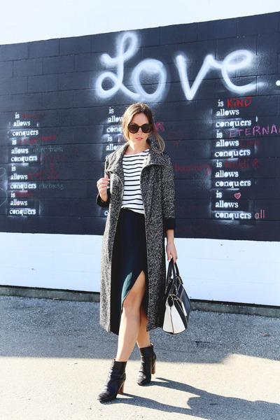 gray trench coat Aritzia coat - black ankle boots Zara boots