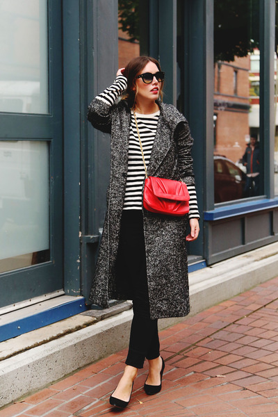 gray trench coat Aritzia coat - black skinny jeans Forever 21 jeans
