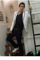 white Converse shoes - blue H&M jeans - black Top Man t-shirt - white H&M blazer