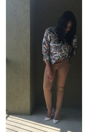 navy blouse - bronze H&M pants - white Zara heels