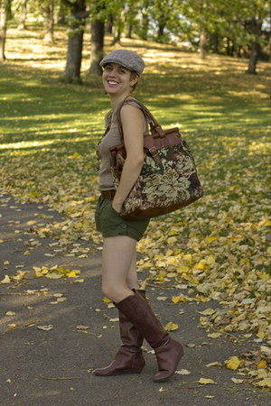 brown thrifted Carpet bags of America bag - brown Alfred Sung for Zellers boots