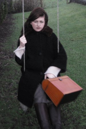 black tinroof vintage coat - orange vintage purse - brown Aldo boots