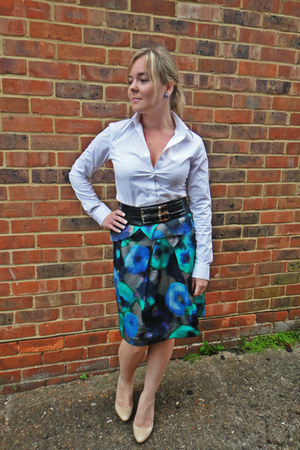 Cue skirt - Uniqlo shirt - Cue belt - Mimco earrings - Aldo heels