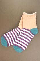 Peach-tprbt-socks