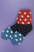 Red-polka-dot-socks-tprbt-socks