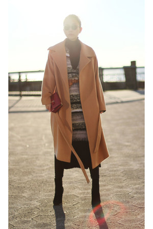 tan coat - fewmoda coat - sweater - maroon Salvatore Ferragamo bag